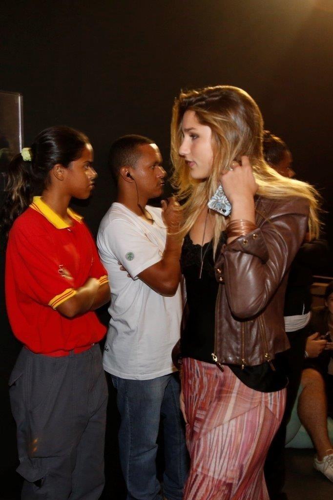 9.abr.2014 - Sasha, filha de Xuxa e Luciano Szafir, prestigiou o segundo dia de desfiles do Fashion Rio