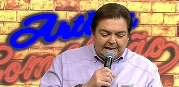Em tom de desabafo, Fausto Silva faz duras críticas a políticos e organizadores da Copa do Mundo