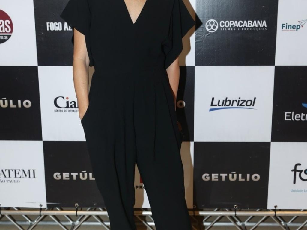 14.abr.2014 - Drica Moraes marca presença na pré-estreia do filme