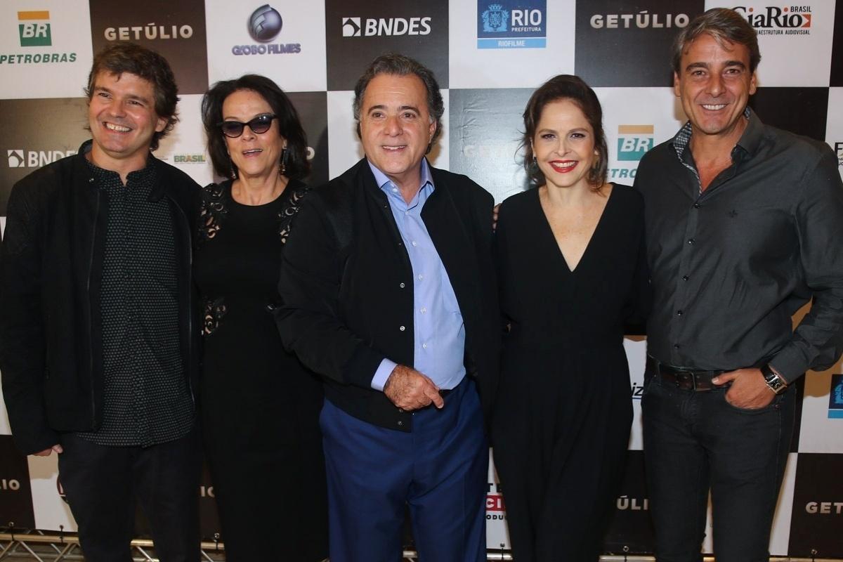 14.abr.2014 - Elenco lança o filme