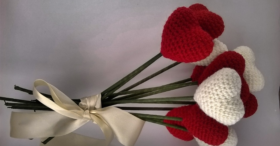 11 - Buquê de corações em crochê. Da Mucau Amigurumi