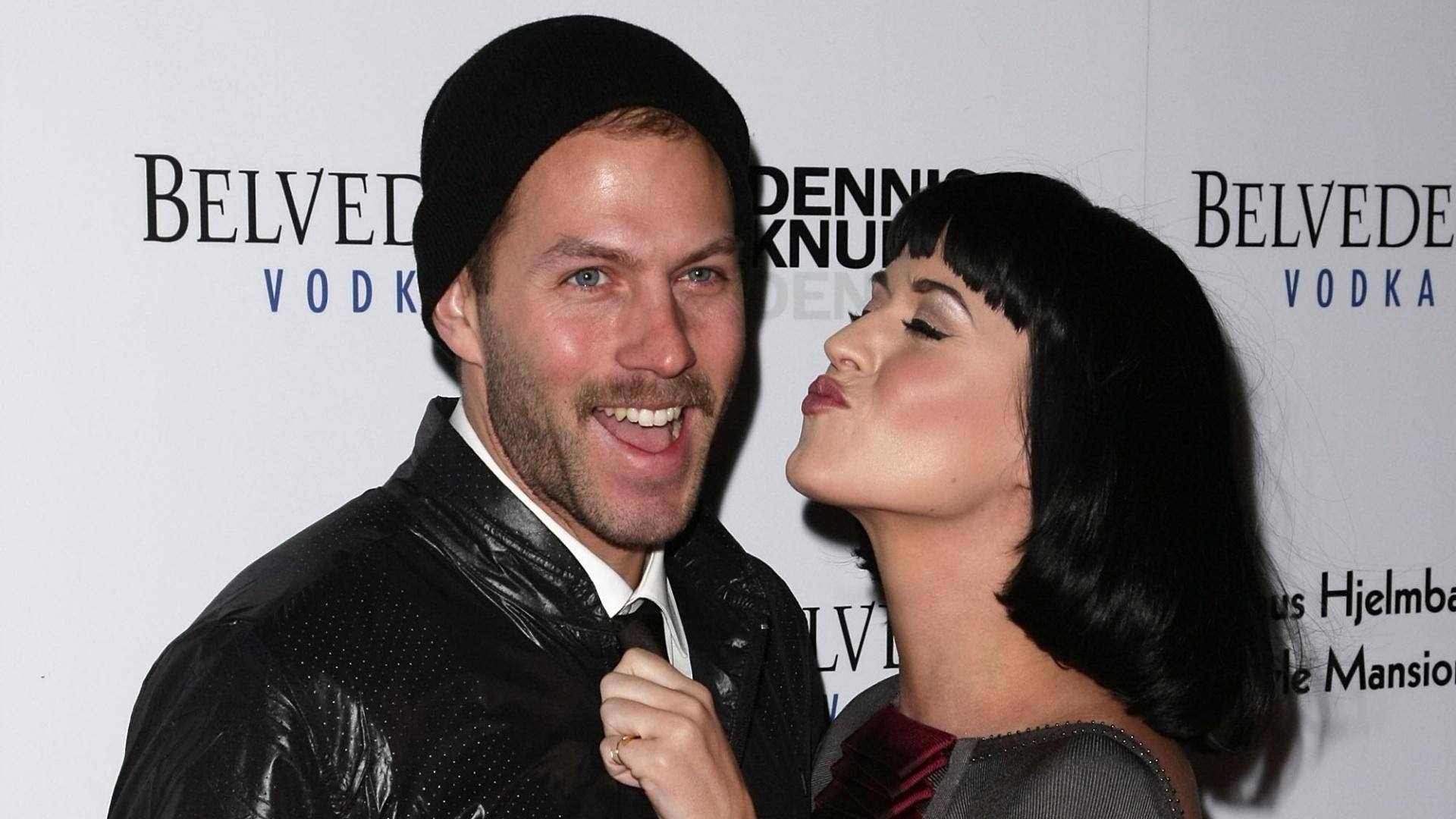 Estilista gay de Katy Perry revelou que foi paquerado pela cantora, que não sabia de sua orientação sexual