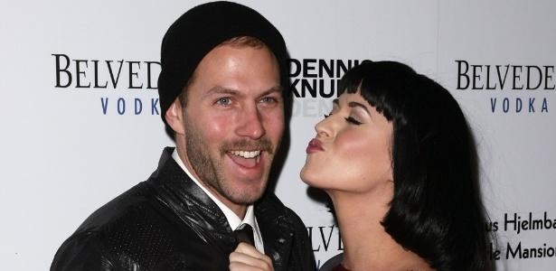 Johnny Wujek lembrou o dia em que foi paquerado pela amiga Katy Perry, que não sabia que ele é gay