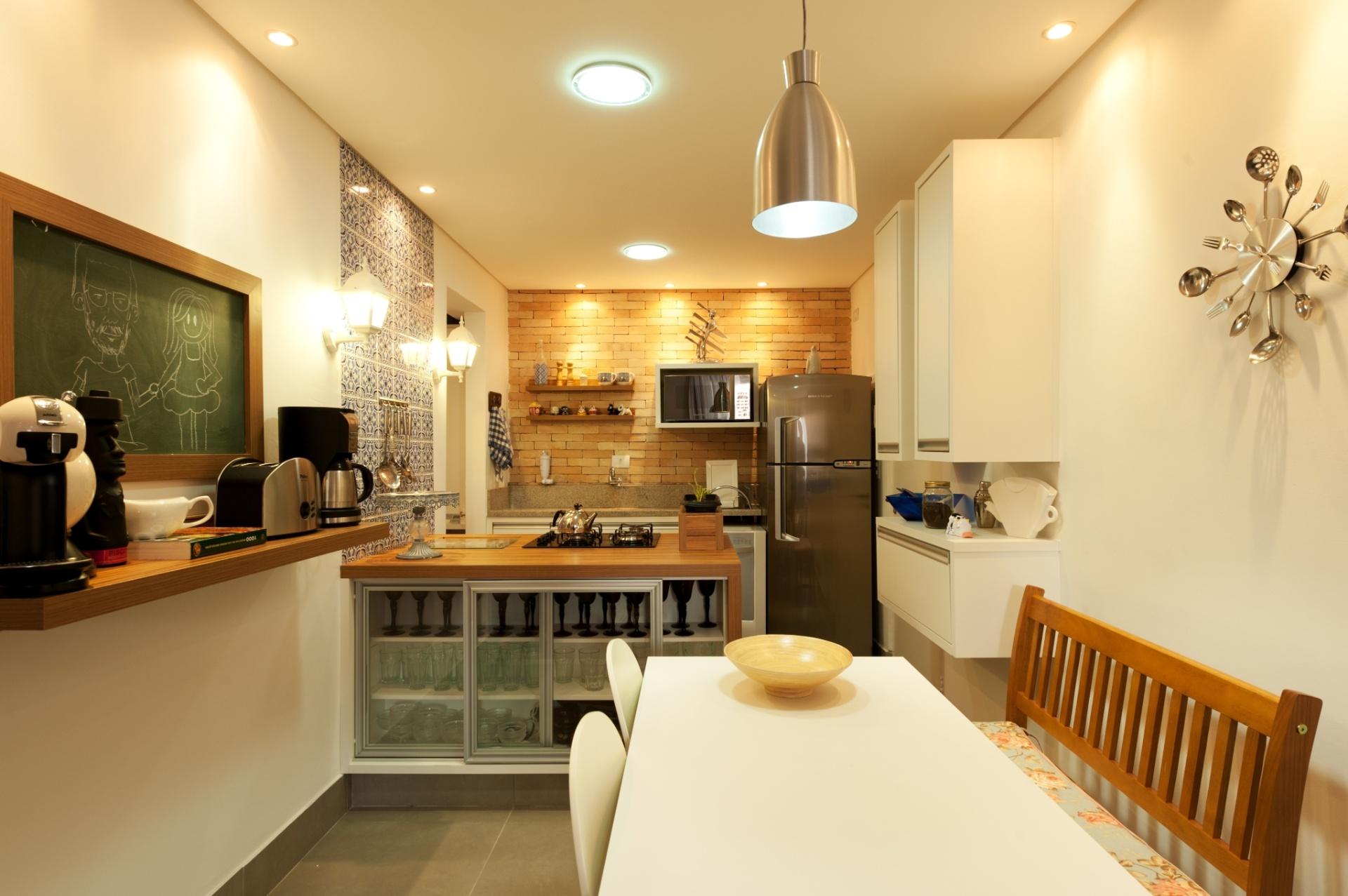 : ideias de decoração para salas banheiros e cozinhas pequenas #BF7F0C 1920 1277