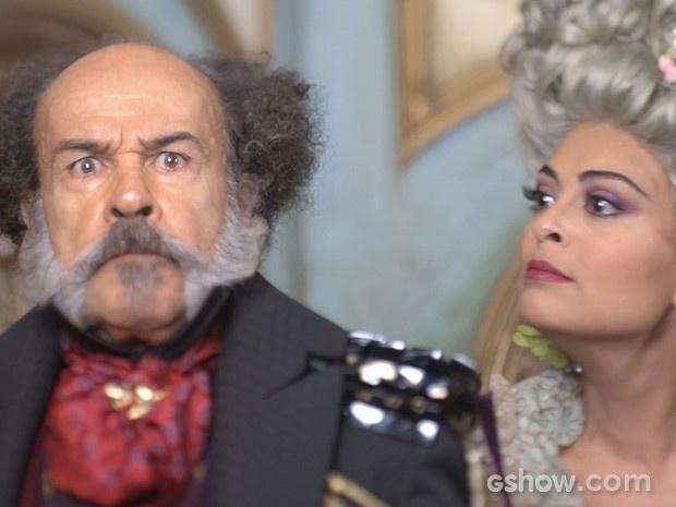 Coronel Epa discute com a mulher, Maria Catarina