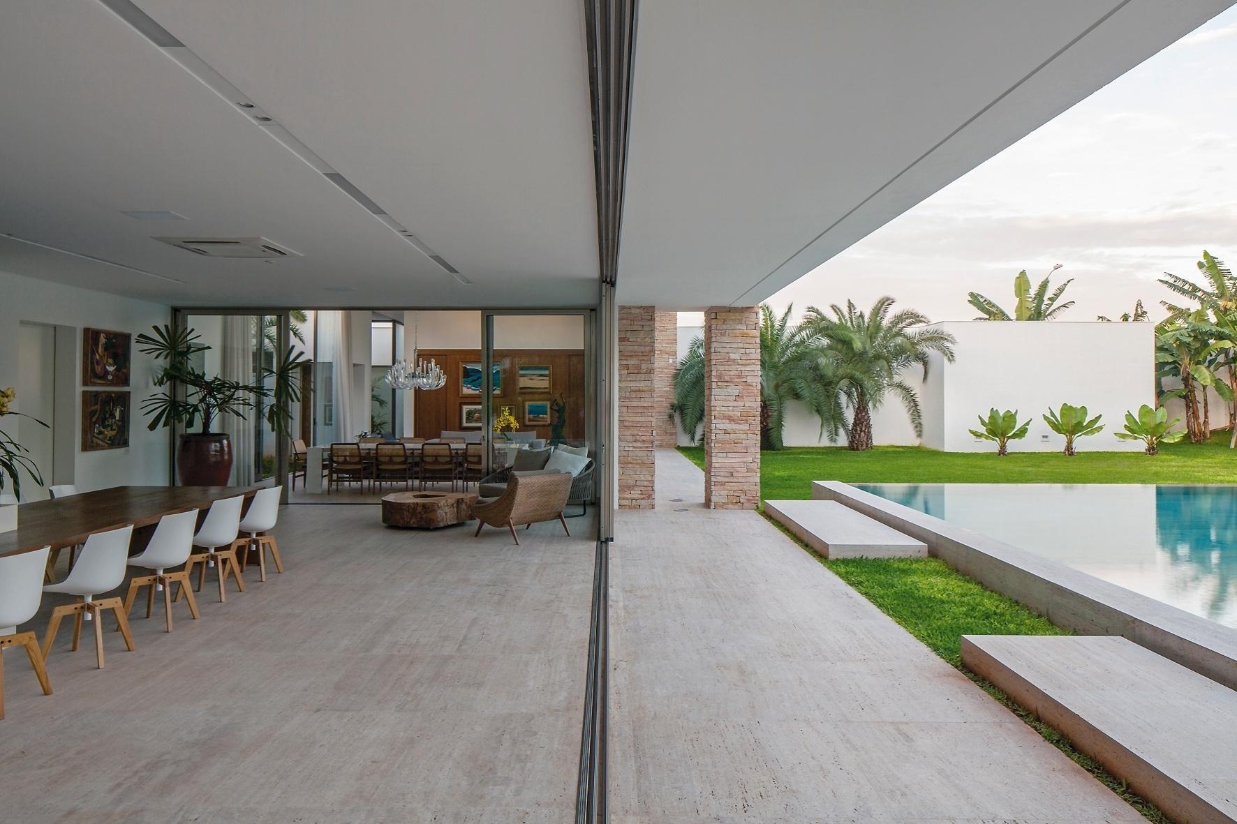 área de convívio da TB House desenhada pelo escritório Aguirre  #49652E 1772x1181