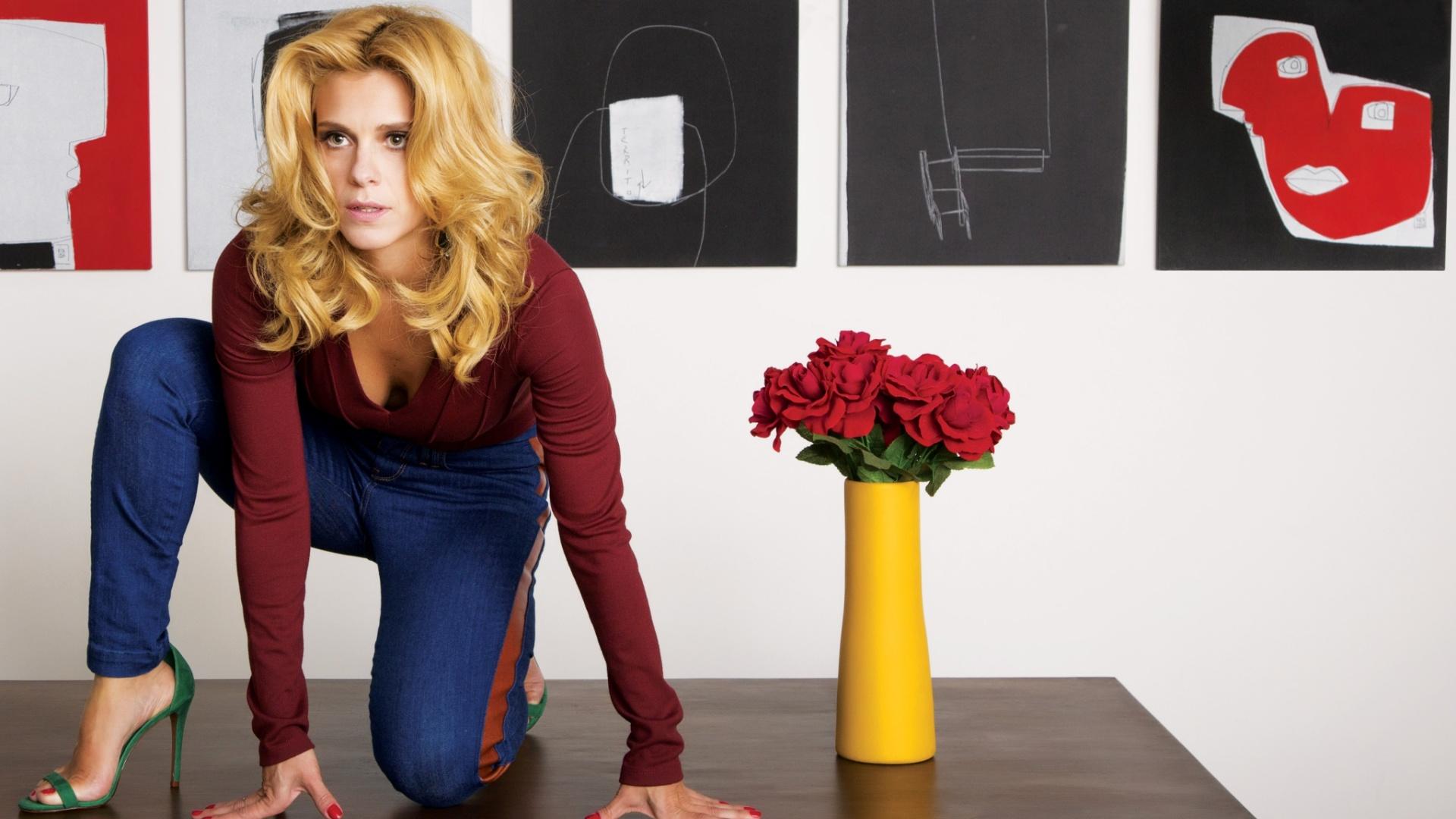 Carolina Dieckmann conta seus truques para apimentar a relação. Ela é casada com Tiago Worcman há 11 anos