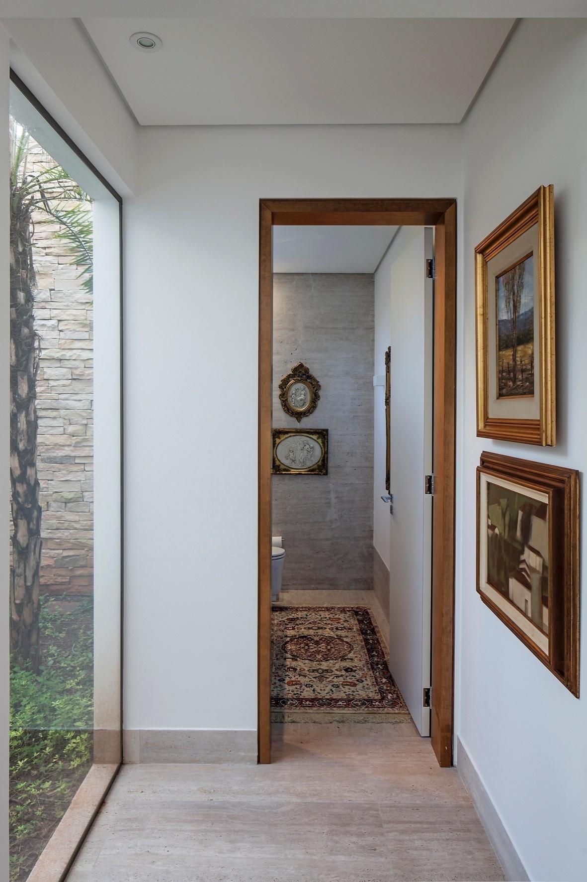 Ambiente Hall Lavabo E Escada Divulgação Pictures to pin on  #654632 1181 1772