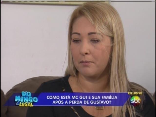 Larissa Manoela e João Guilherme Ávila vão ao aniversário