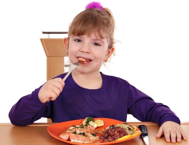 Sardinha e atum em lata são fontes acessíveis e excelentes da gordura tipo DHA