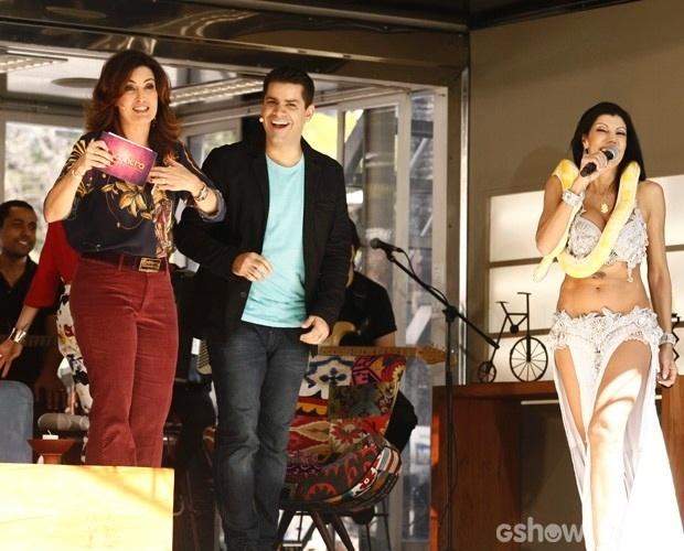 29.abr.2014 - Após susto com cobra, Fátima Bernardes admite não ter gostado da experiência