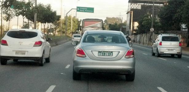 Novo Mercedes-Benz Classe C é flagrado na Marginal Tietê, em São Paulo (SP)