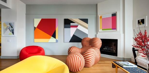 decoracao de sala unica: de design e galeria de arte uso de led domina premiacao de design de