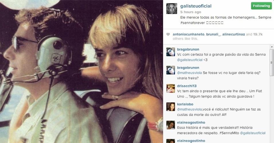 1.mai.2014 - No aniversário de 20 anos da morte de Ayrton Senna, Adriane Galisteu postou uma imagem ao lado do piloto de Fórmula 1.