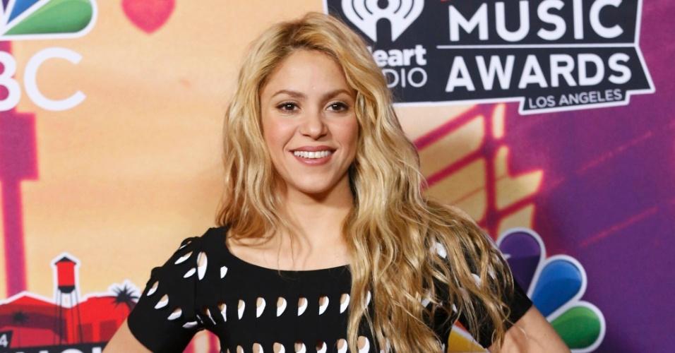 1.mai.2014 - Shakira vai à primeira edição do iHeartRadio Music Awards, em Los Angeles, nos Estados Unidos