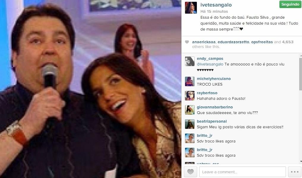 2.mai.2014 - Em seu Instagram, Ivete Sangalo tirou uma foto do fundo do baú para desejar feliz aniversário ao apresentador Fausto Silva, que completa 64 anos.