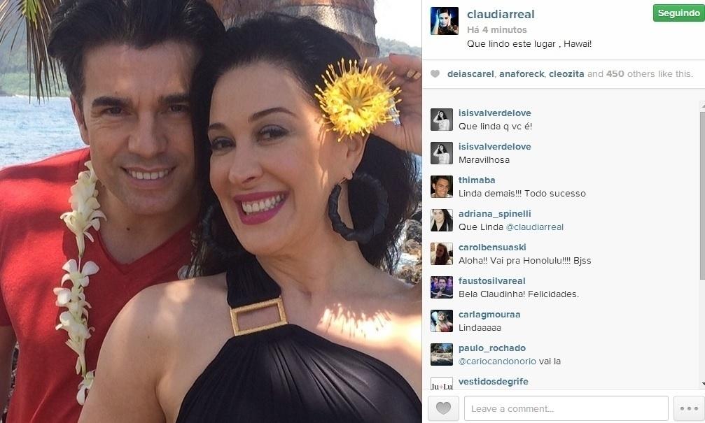 2.mai.2014 - No Havaí, Claudia Raia postou foto ao lado de Jarbas Homem de Mello.