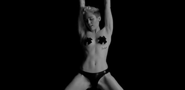 Miley Cyrus no vídeo de