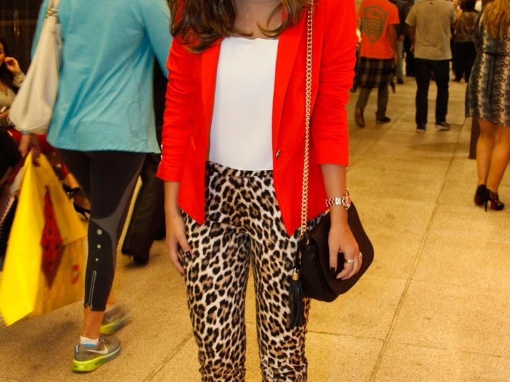 5.mai.2014 - Giovanna Lancelotti foi a um shopping de São Paulo prestigiar a pré-estreia do filme