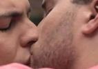 Carrasco divide com outros autores e a Globo realização de beijo gay histórico - Reprodução/Instagram
