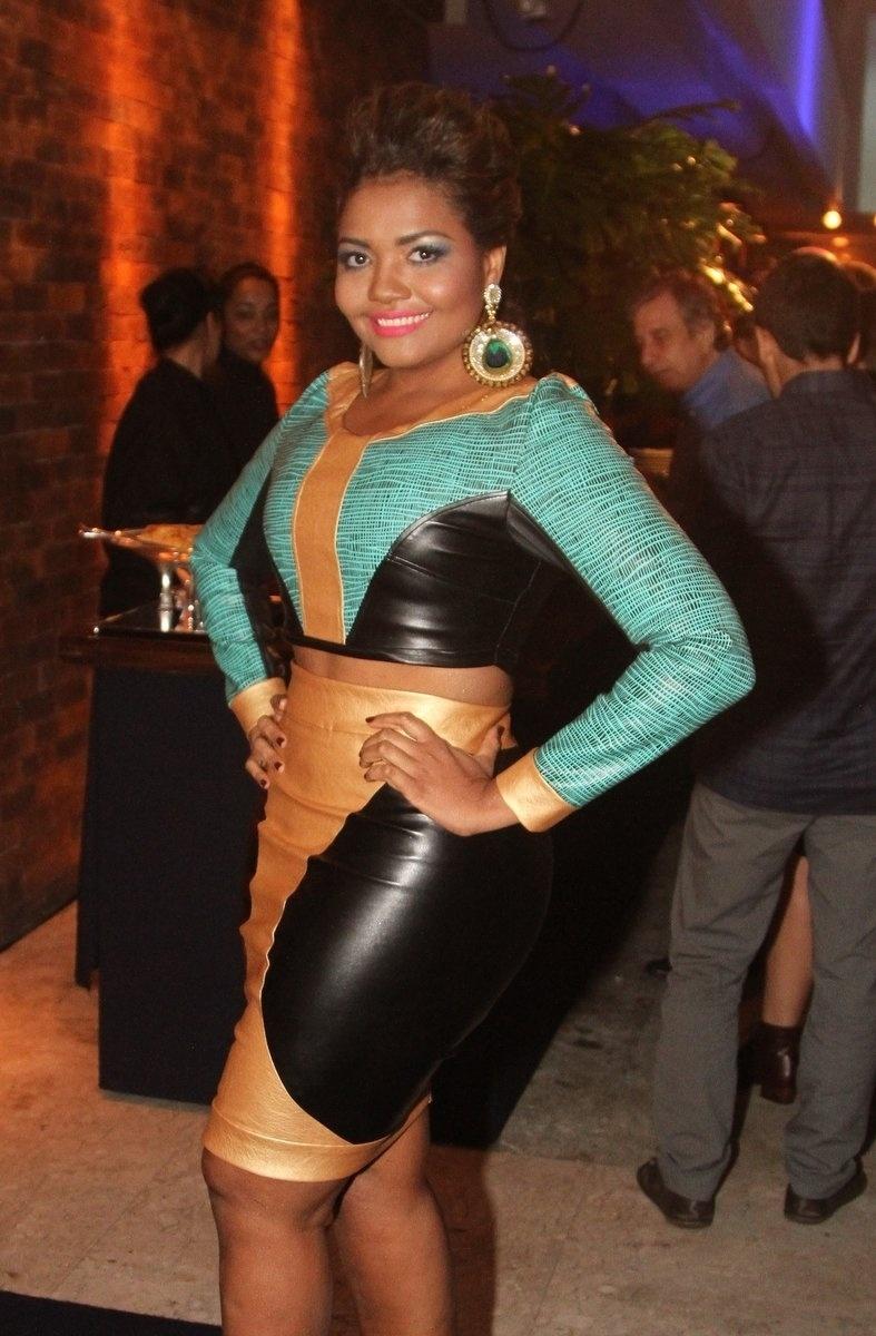 8.mai.2014 - Gaby Amarantos prestigiou a festa de 20 anos da Discovery Networks, em São Paulo