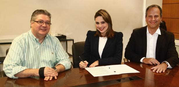 O diretor de produção Leon Abravanel, a jornalista Rachel Sheherazade e o vice-presidente do SBT, José Roberto Maciel