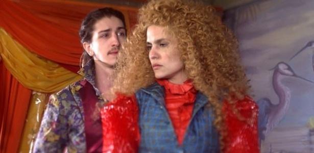 Ferdinando se declara e Gina é grossa com ele