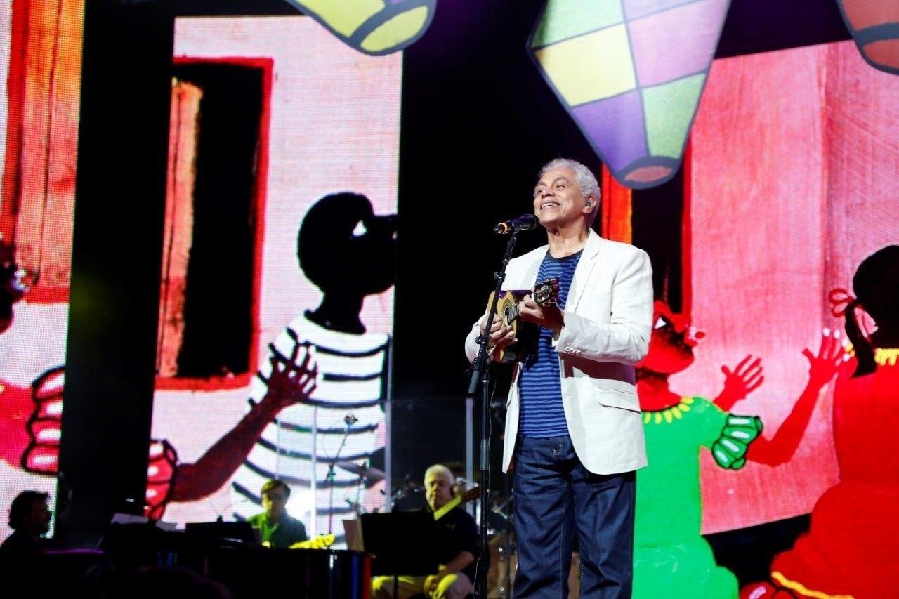 14.mai.2014 - Paulinho da Viola se apresenta no 25º Prêmio da Música Brasileira no Theatro Municipal do Rio de Janeiro
