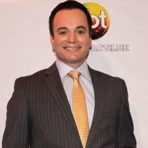 marcelo-torres-jornalista-do-sbt-1400198