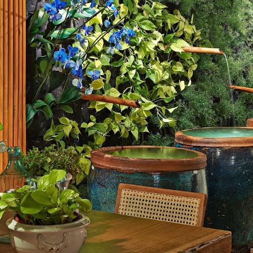 jardim vertical goiania:Aproveite ideias da Casa Cor Goiás para decorar salas, cozinhas e