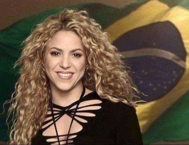 "Shakira em cena do clipe ""La La La (Brazil 2014)"""