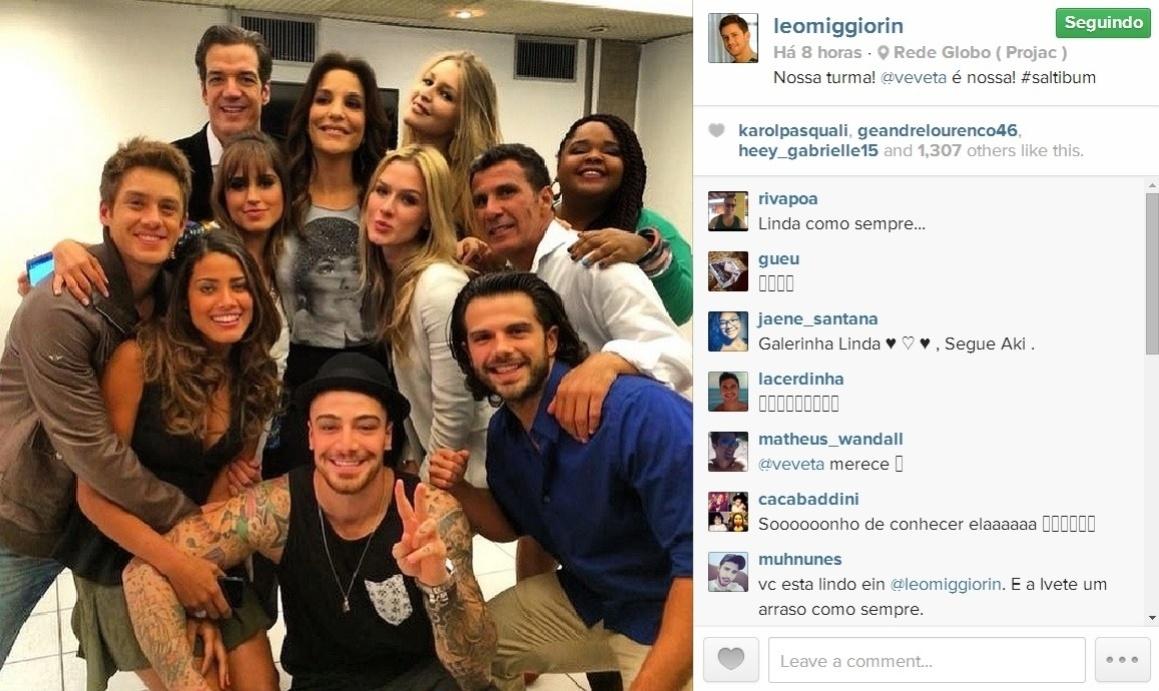 22.mai.2014 - Ivete Sangalo visita os bastidores do