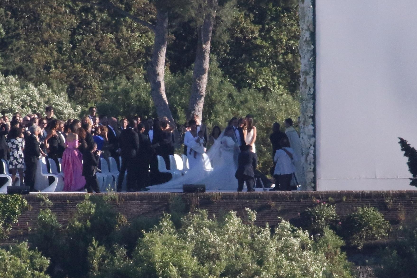 24.mai.2014 - Casamento de Kim Kardashian e Kanye West no Forte di Belvedere, em Florença. O único irmão da estrela de reality show, Rob, brigou com a noiva e desistiu de ir à cerimônia na última hora