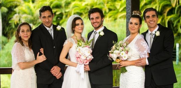 """""""Em Malhação"""", Martin, Micaela, Vera, Ronaldo, Bernardete e Abelardo se casam"""