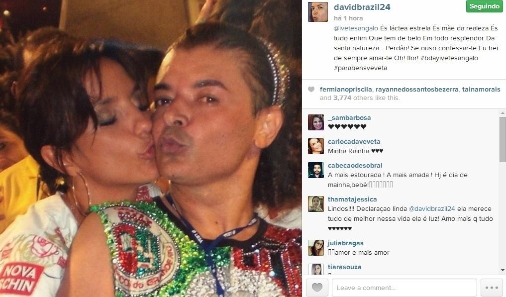 27.mai.2014 - O promoter David Brazil parabenizou Ivete com uma foto que é a cara da estrela baiana, de uma folia de carnaval.