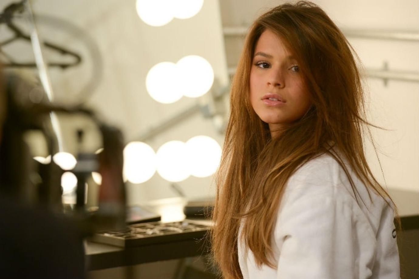 Bruna Marquezine estrela a campanha Life by Vivara 2014
