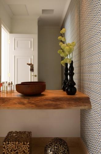 decoracao lavabo rustico : decoracao lavabo rustico: remetem a um lavabo rústico. O projeto é do escritório Messa Penna
