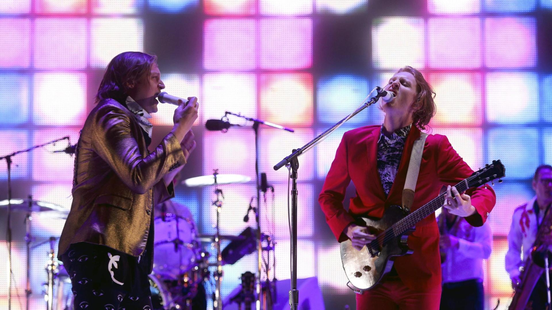 31.mai.2014 - Arcade Fire se apresenta no Rock in Rio Lisboa