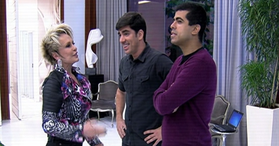 2.jun.2014 - Marcelo Adnet e Marcius Melhem são entrevistados por Ana Maria Braga no
