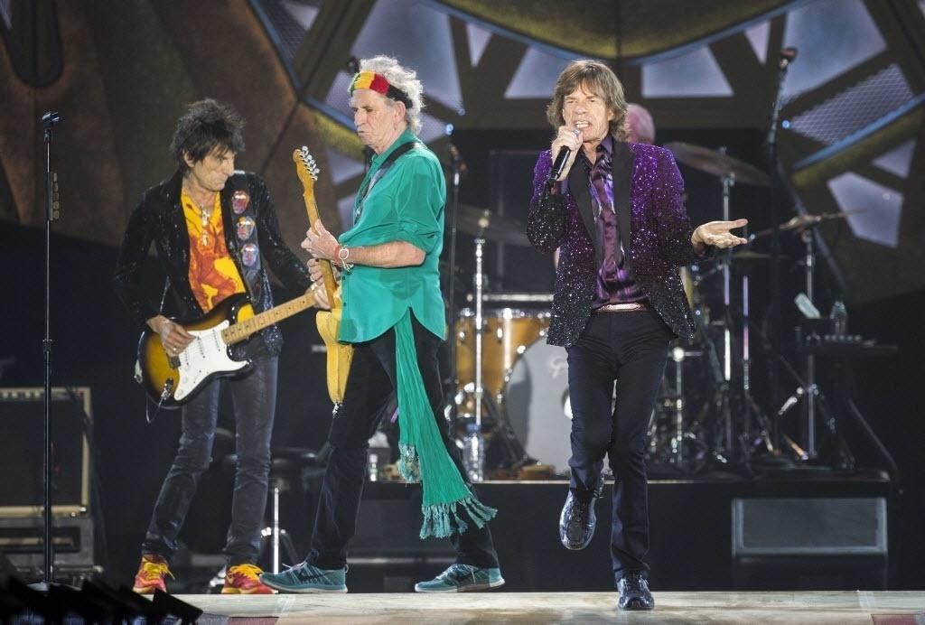 4.jun.2014 - Ronnie Wood, Keith Richards e Mick Jagger durante apresentação dos Rolling Stones no Hayarkon Park em Tel Aviv