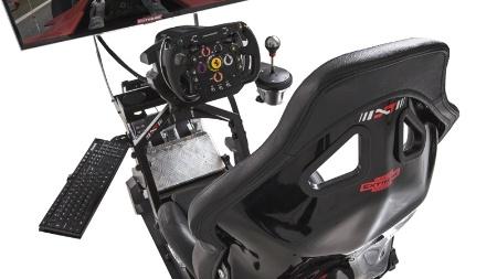 Reprodução/Cockpit Extreme Racing