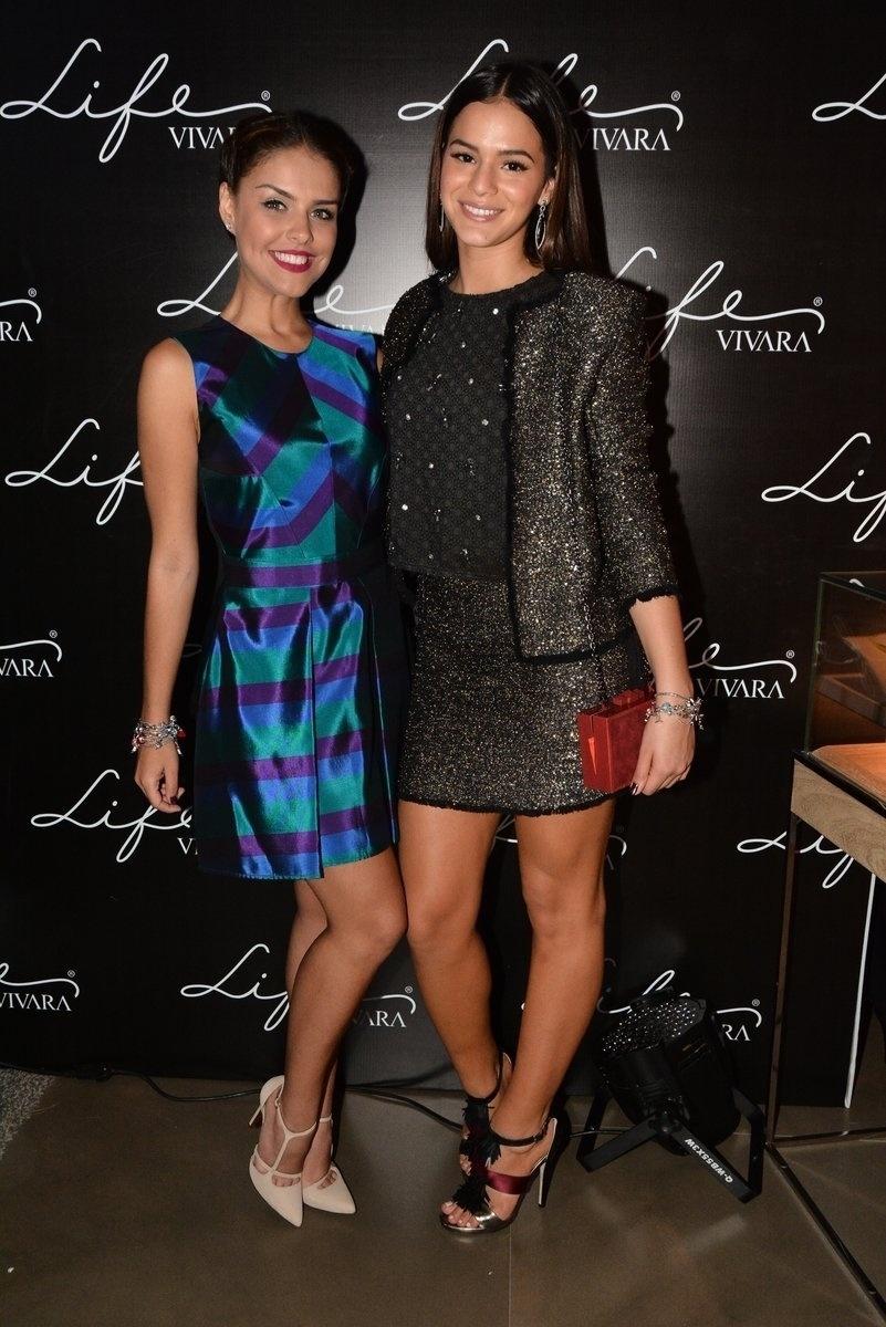 8.jun.2014 - Paloma Bernardi e Bruna Marquezine participam de evento de marca de jóias no Shopping JK Iguatemi, em São Paulo
