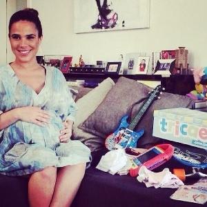 Dias antes de dar à luz, Wanessa postou imagem com enxoval
