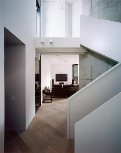 Sala De Estar O Holl ~ leva ao dormitório do casal Abaixo está a sala de estar com TV O
