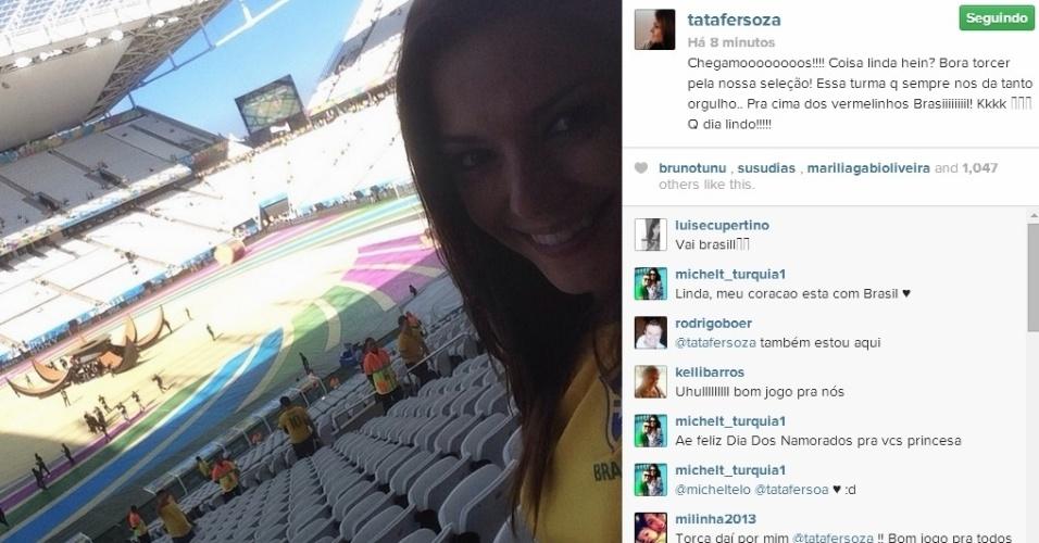 12.jun.2014 - Thais Fersoza postou foto dentro da Arena Corinthians, em São Paulo, em seu Instagram.