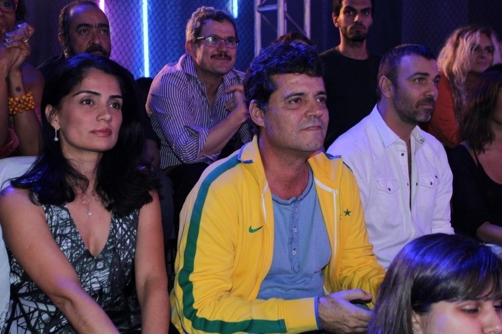 16.jun.2014 - Patrícia França, Felipe Camargo e Marcelo Faria participam da coletiva de imprensa de