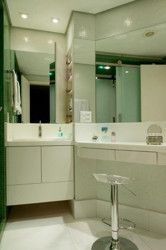 Inspirese em projetos de construção e reforma  BOL Fotos  BOL Fotos -> Banheiro Suite Feminino