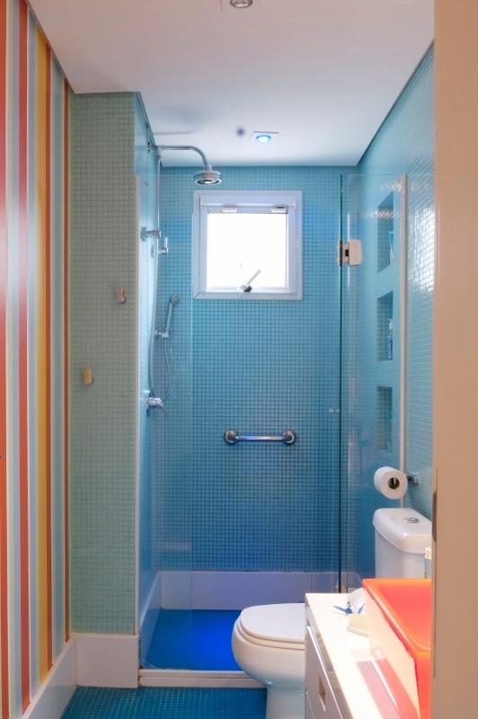 Marcelo Magnani Divulgação -> Banheiro Com Pastilhas De Vidro Laranja