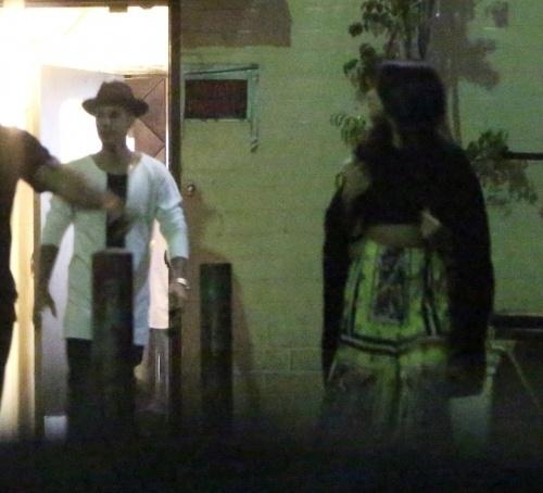 Bieber e Selena jantam juntos antes de sessão de cinema