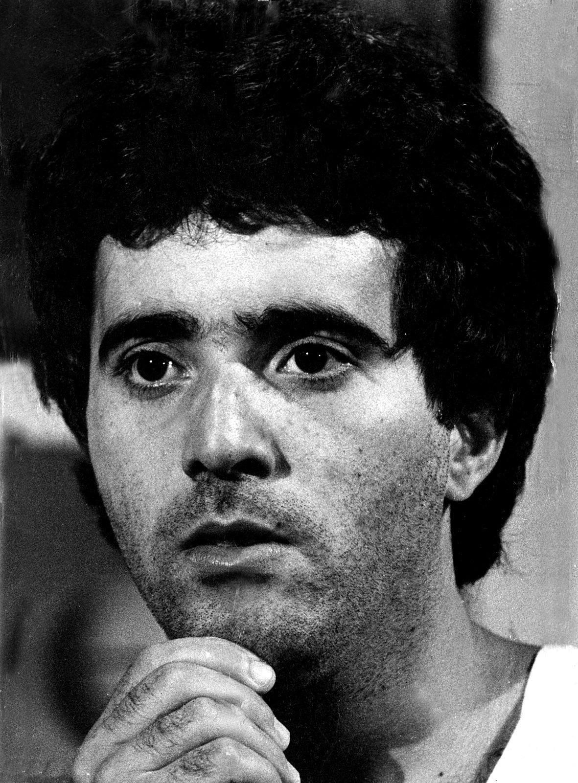 1977 - O ator Tony Ramos como Márcio Hayala em cena da novela